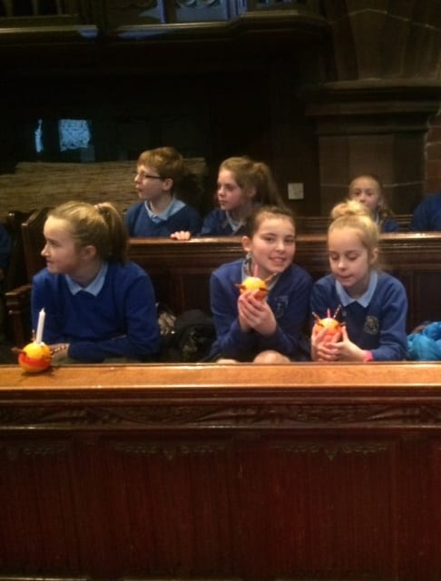 Junior Christingle101