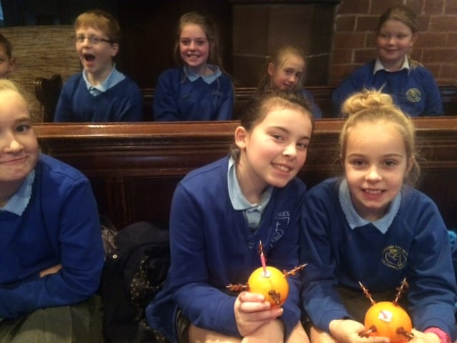 Junior Christingle114
