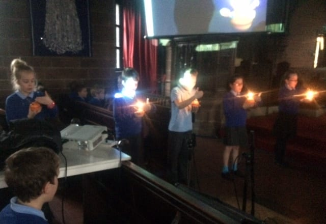 Junior Christingle117